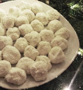 schneebälle aus quark und kokosflocken